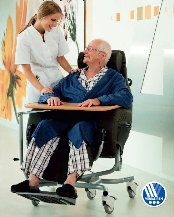 ALTITUDE-E Wózek specjalny geriatryczny - elektryczny na pilota ze stolikiem