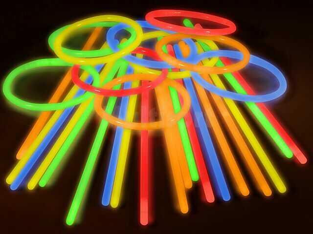 Świecące bransoletki (standard) 100szt. Mix kolorów