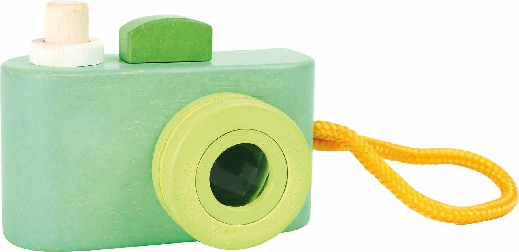 small foot 3124 drewniana kamera do zabawy z piszczącym wyzwalaczem migawki i kalejdoskopem jako obiektyw, od 12 miesięcy