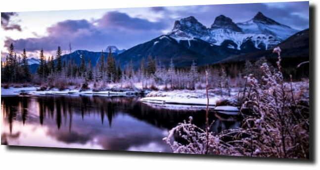 obraz na szkle Jezioro w górach zimową porą