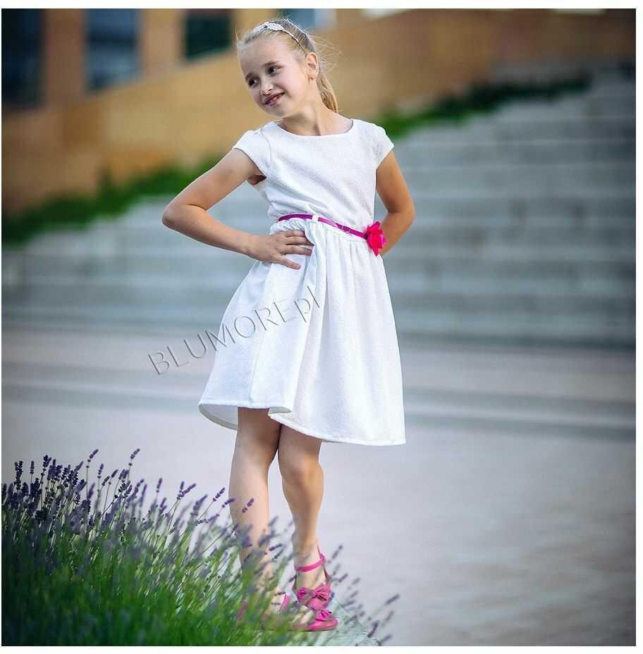 Sukienka ecru z paskiem i kwiatkiem 62 - 158 Amanda
