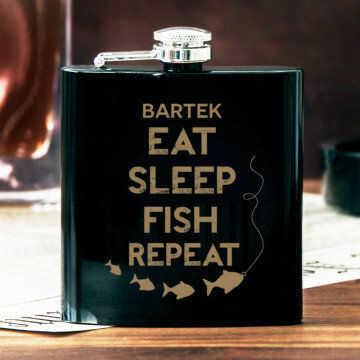 Eat, sleep, fish - Piersiówka z grawerem