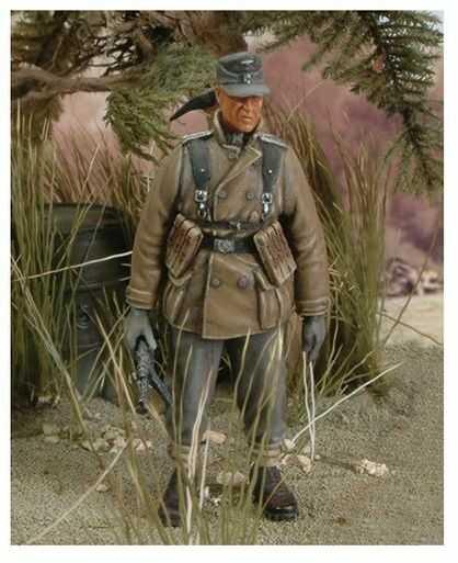 Figurka Żołnierz Piechoty Górskiej II WŚ Royal Model 1/35