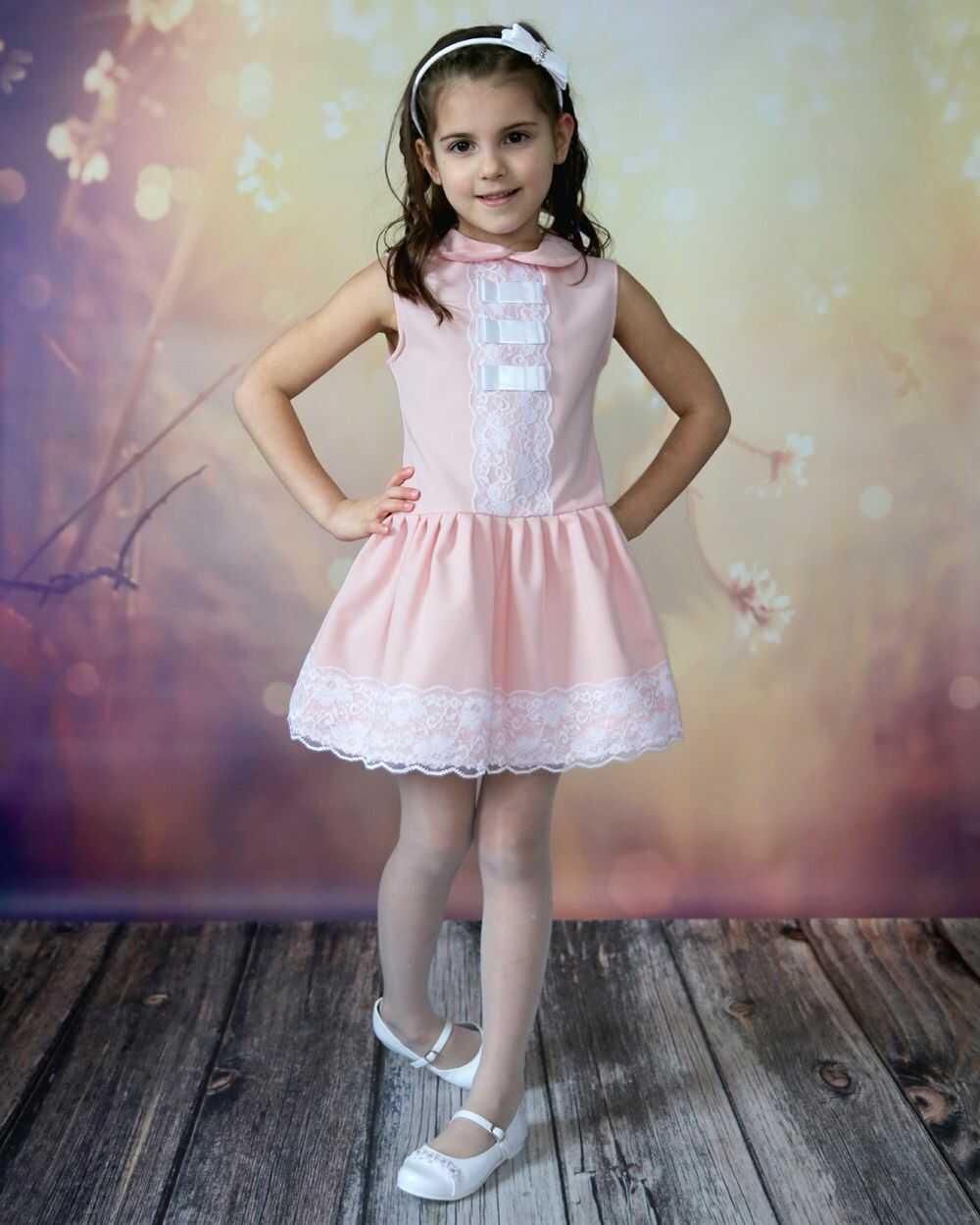 Rozkloszowana sukienka dla dziewczynki 92-152 Lori róż