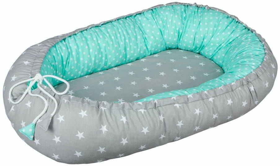 Kokon niemowlęcy / gniazdko dla noworodka - Szare gwiazdy (zestaw materacyk + motylek)