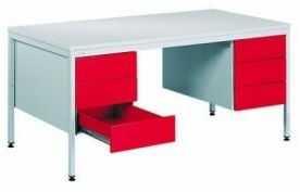 Metalowe biurko medyczne BIM 051 z szufladami