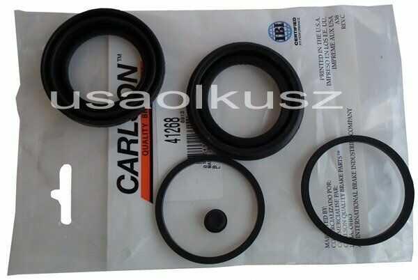 Zestaw osłon tłoków przedniego zacisku hamulcowego Suzuki XL-7 2007-2009