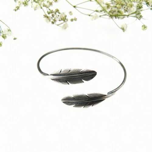 Bransoletka srebrna III - Szare pióra małe