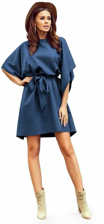 Niebieska sukienka typu motyl z paskiem