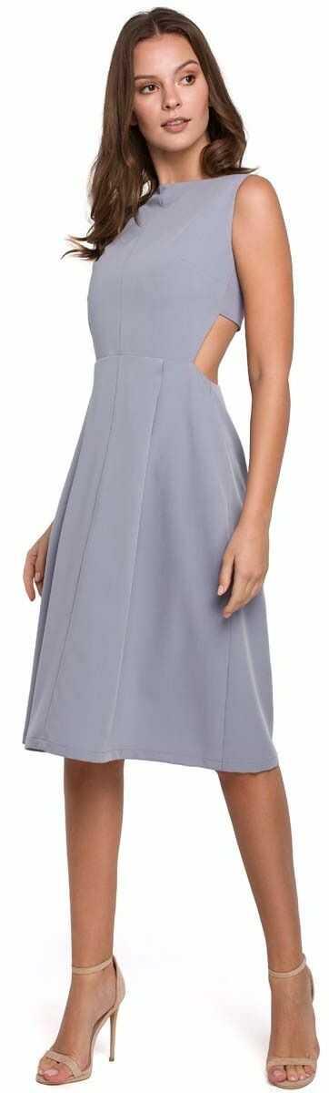 szara wieczorowa sukienka z odkrytymi plecami