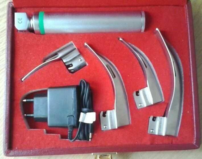 Laryngoskop światłowodowy MacIntosh LUCAS-02 z ładowaniem akumulatorowym, 4 łyżki 0-3