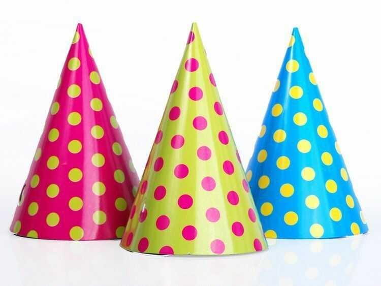 Czapeczki imprezowe w kropki mix kolorów 6 sztuk CPP1