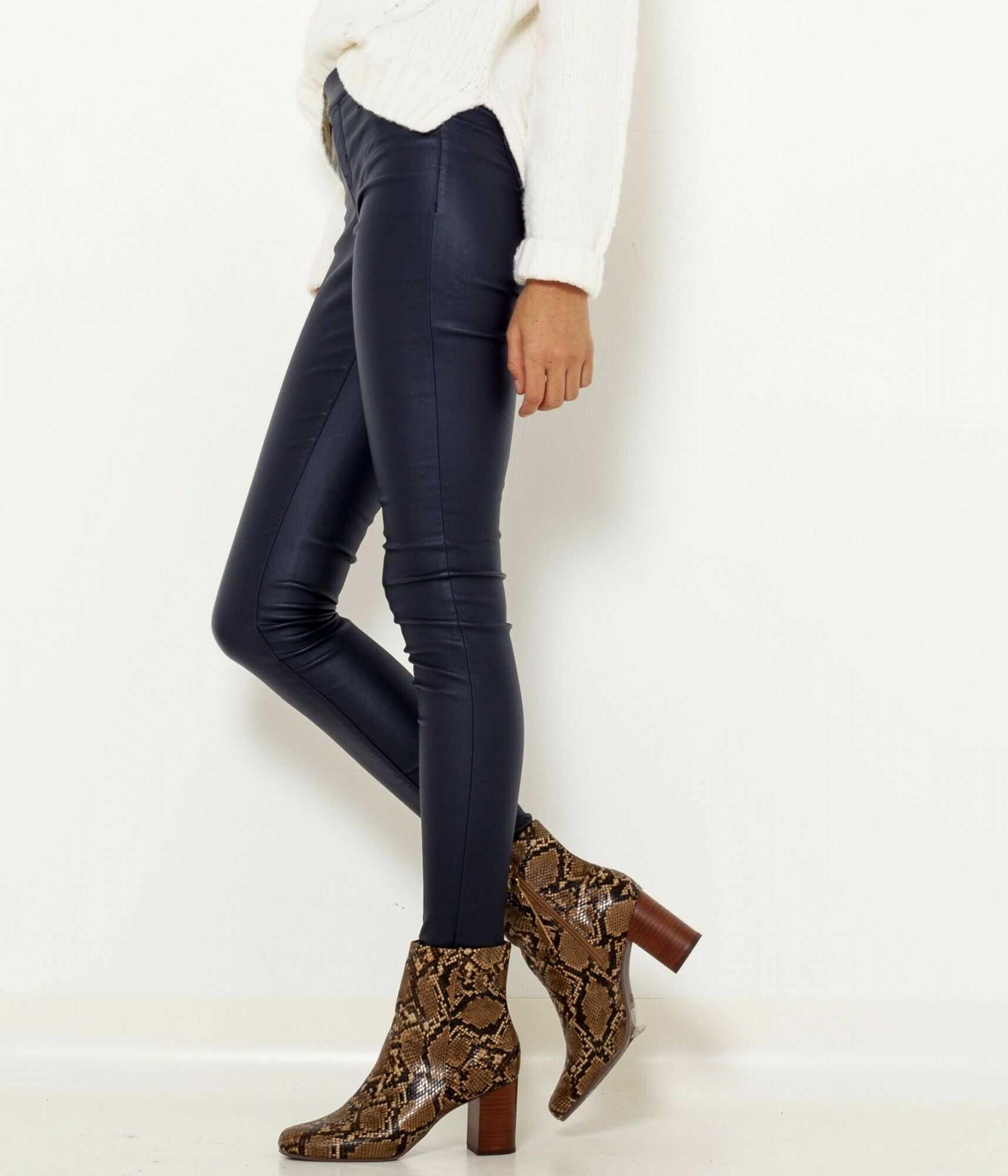 CAMAIEU niebieski ze skóry ekologicznej spodnie