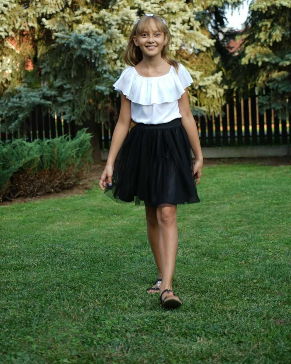 Tiulowa spódnica dla dziewczynki 122-158 Marlena czarna
