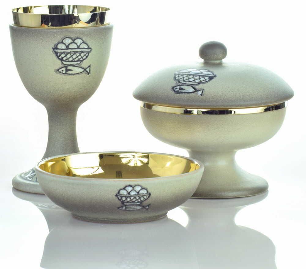 Zestaw liturgiczny, ceramika włoska, Grigio