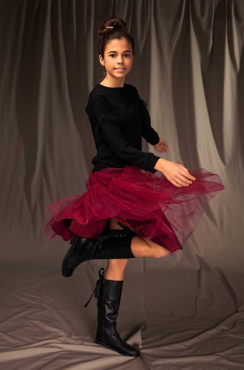 Tiulowa spódnica dla dziewczynki 128-164 11A/J/19 bordowa