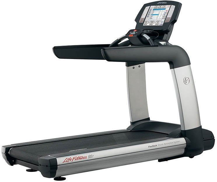 Bieżnia 95T Engage - Life Fitness