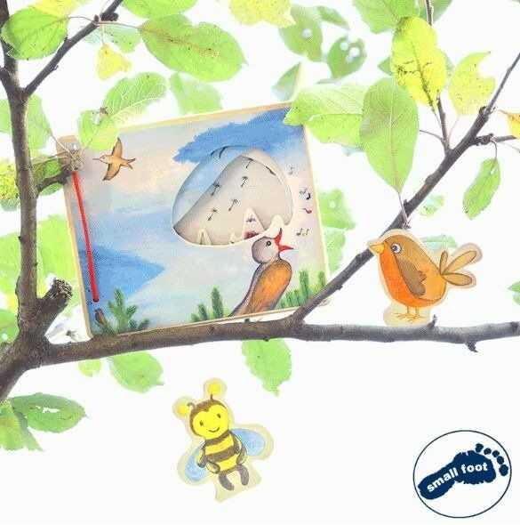 Drewniana książka dla dzieci z figurkami Ptaszek i pszczoła 11217-Small Foot Design, zabawki edukacyjne
