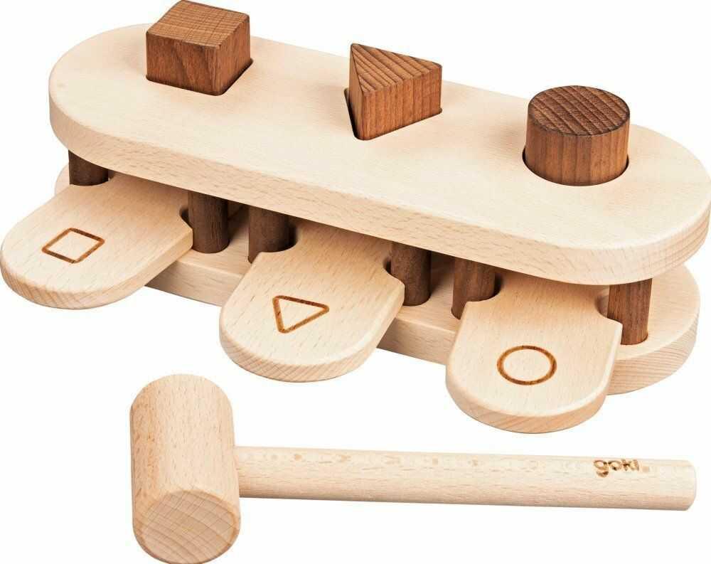 Klasyczna przebijanka z młotkiem sorter Figury 58681-Goki Nature, zabawka drewniana dla dzieci
