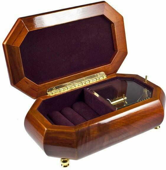 Pudełko na biżuterię ośmiokątne z kwiatami