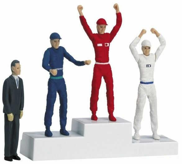Carrera - Podest dla zwycięzców z figurkami 21121