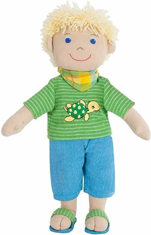 Heless 21  Fair Trade miękka lalka chłopiec Max, z koszulką, szortami i chustą na szyję, rozmiar ok. 32 cm, do przytulania, zabawy i kochania