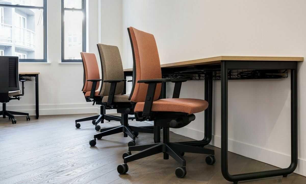 Krzesło biurowe obrotowe Navigo Mesh Plus Nowy Styl