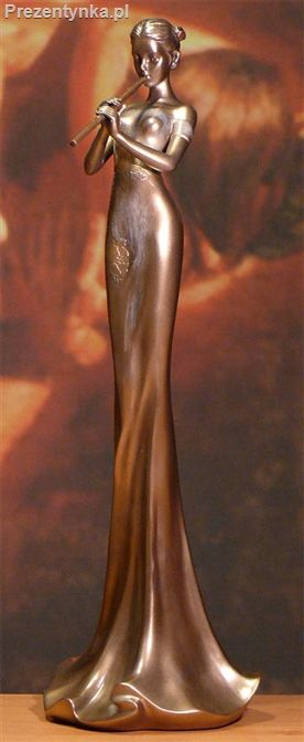 Orientalna figurka flecistki