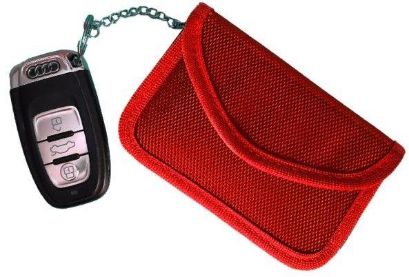 Etui zabezpieczające kluczyki z systemem Keyless M poziome czerwone Darmowa dostawa
