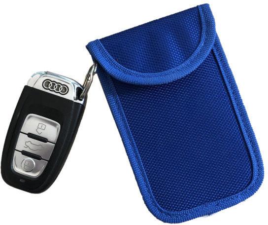 Etui zabezpieczające kluczyki z systemem Keyless M pionowe niebieske Darmowa dostawa