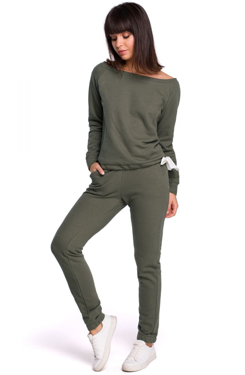B107 Spodnie joggery - khaki
