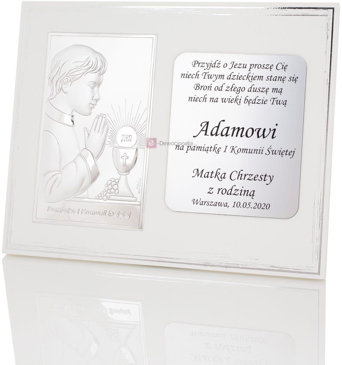 Obrazek srebrny na drewnianym panelu z grawerem I Komunia Św - Chłopiec - 25x20