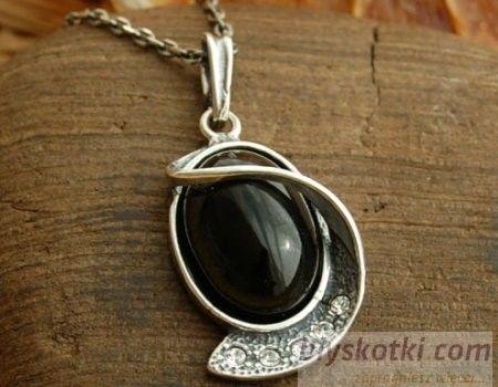 Vincola - srebrny wisiorek z onyksem i kryształkami