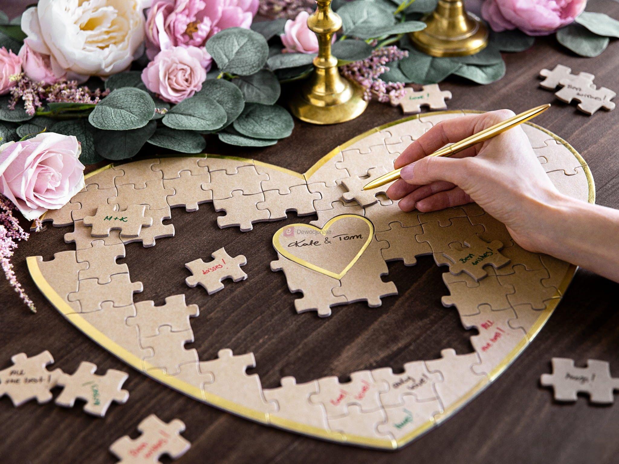 Księga gości - puzzle na pamiątkowe życzenia
