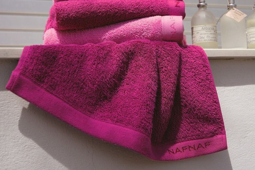 Ręcznik Naf Naf Random Fuchsia