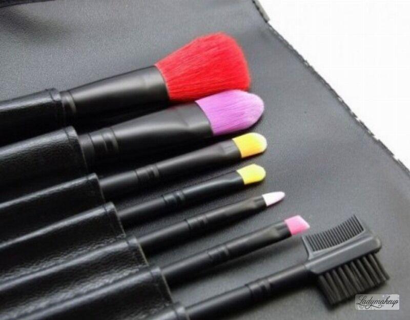 LancrOne - Butterfly Collection - Zestaw 7 kolorowych pędzli do makijażu + etui