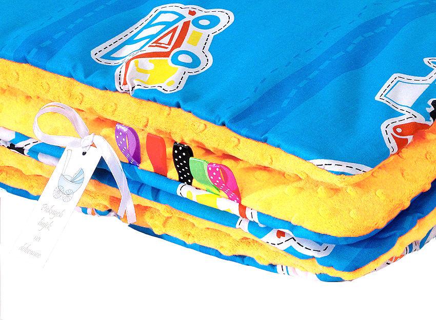 MAMO-TATO Komplet kocyk Minky do wózka + poduszka Auta niebieskie / żółty - ocieplony WYPRZEDAŻ