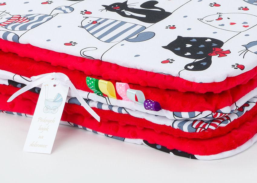 MAMO-TATO Komplet kocyk Minky do wózka + poduszka Mruczki białe / czerwony - letni