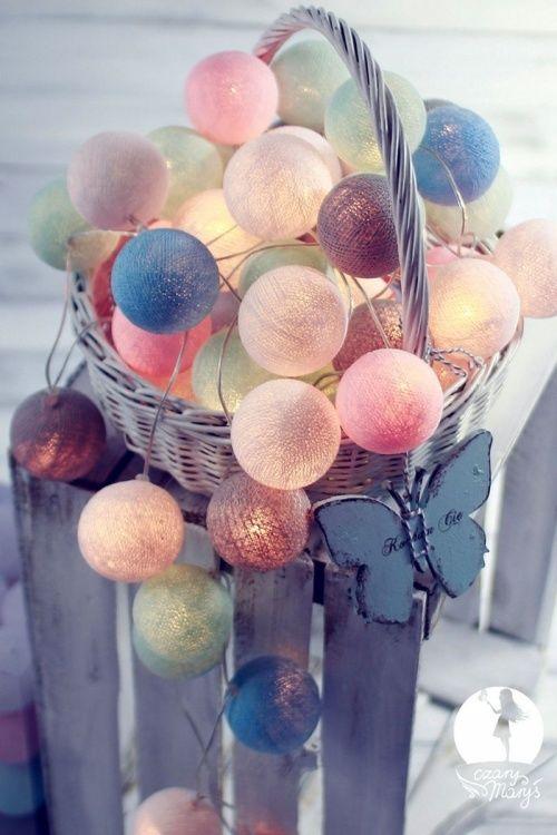 Kolorowe kulki LED kompozycja - CzaryMaryś
