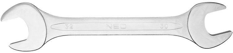 Klucz płaski dwustronny 30 x 32 mm dł.300 mm 09-830