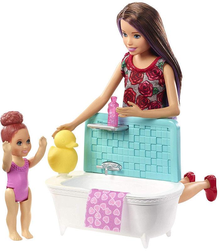 Barbie - Opiekunka dziecięca z wanienką FXH05