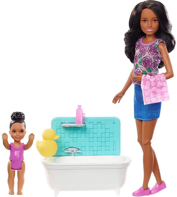Barbie - Opiekunka dziecięca zestaw z wanienką FXH06