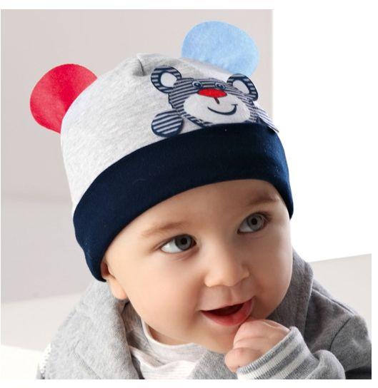 Chłopięca czapka 44-46 AJS/36-013 pięć kolorów