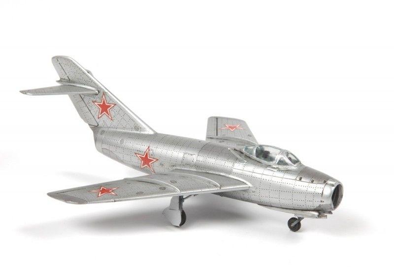 Model plastikowy Samolot MIG-15 Fagot