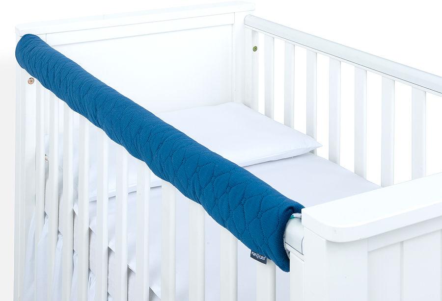 MAMO-TATO Ochraniacz na górną krawędź łóżeczka - Velvet Granatowy