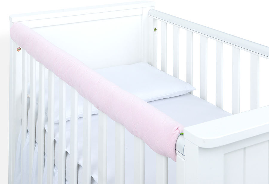 MAMO-TATO Ochraniacz na górną krawędź łóżeczka - Velvet Jasny róż