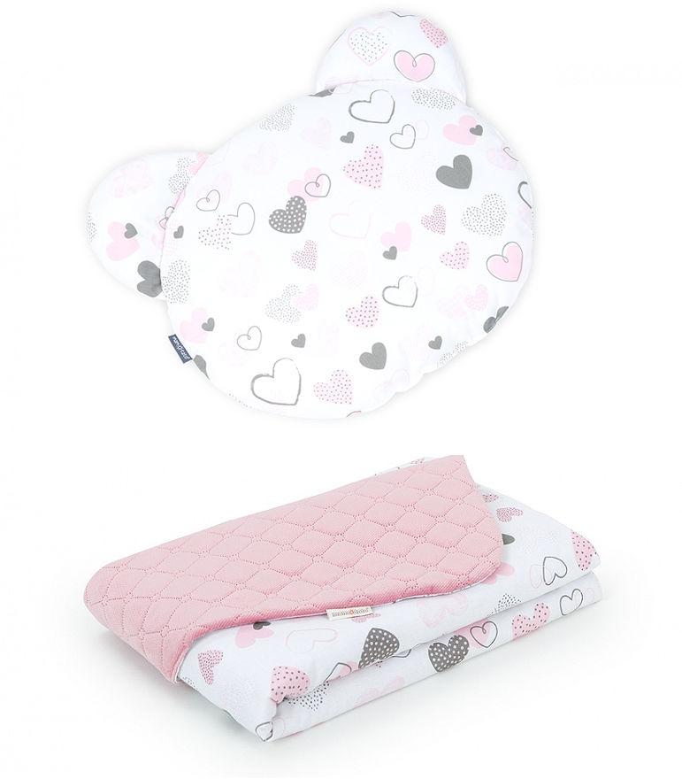 MAMO-TATO Kocyk dla niemowląt z poduszką MIŚ - Pastelowe serduszka / różany