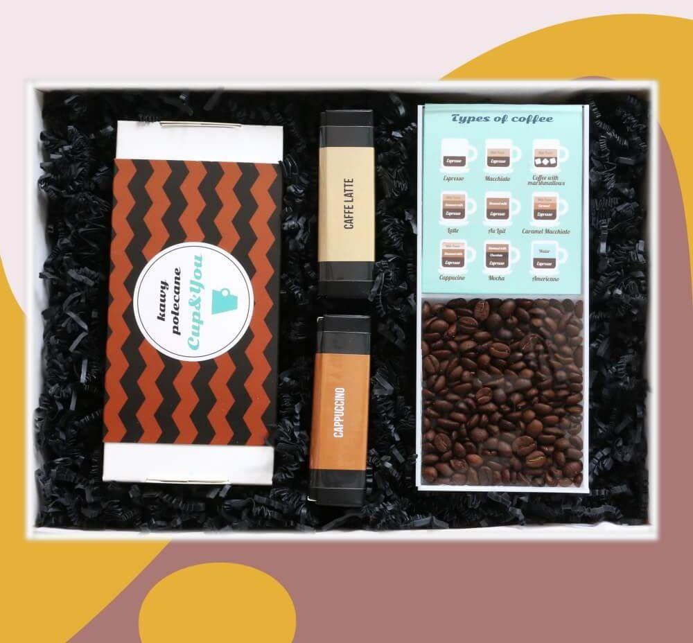 Zestaw prezentowy na wyjątkową okazję CoffeeBox BESTSELLERS. Zestaw 20 kaw mielonych w różnych smakach 20x 10g, elegancki dyspenser na saszetki i dwie mini bombonierki