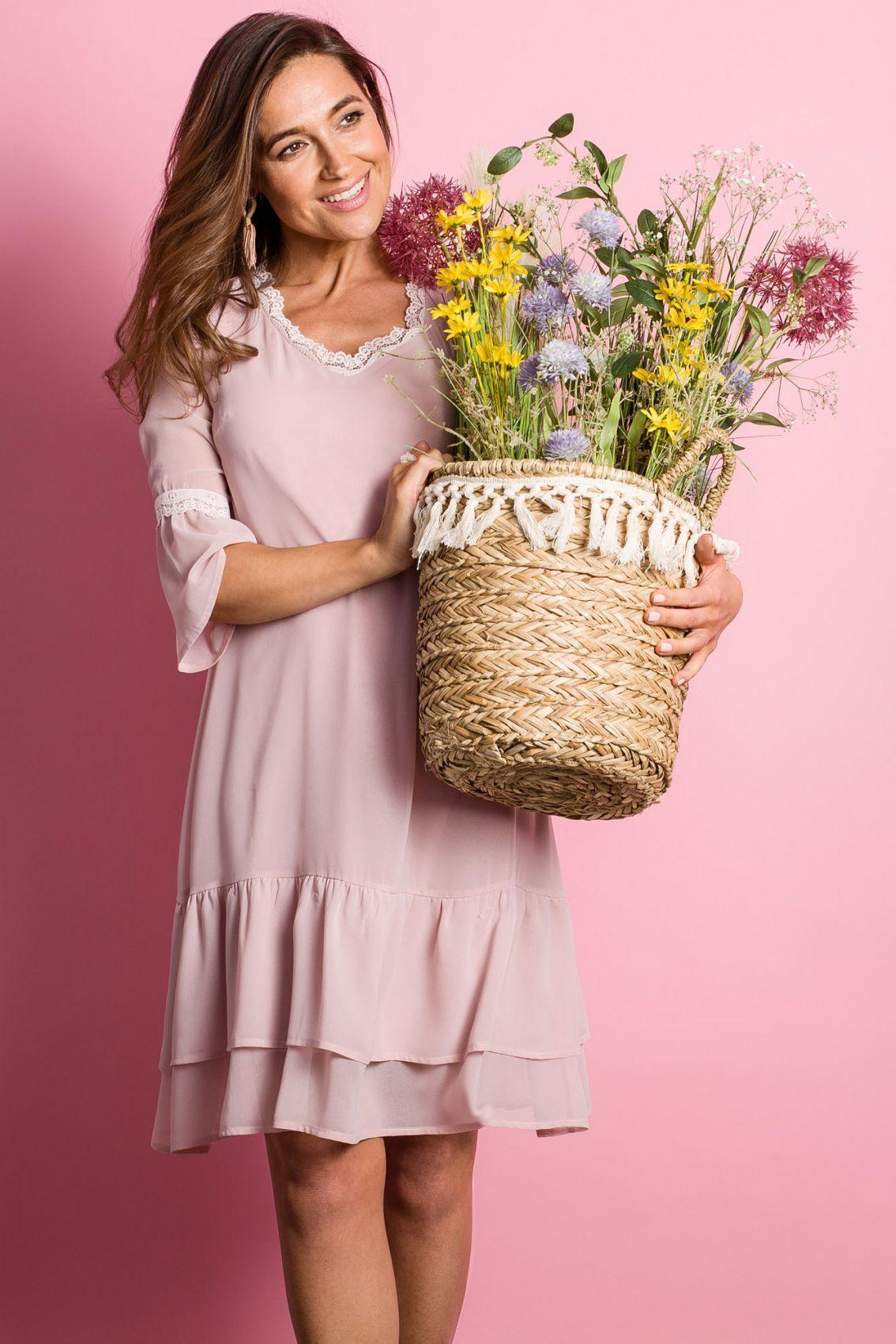 S160 Sukienka szyfonowa z falbanami - pudrowa