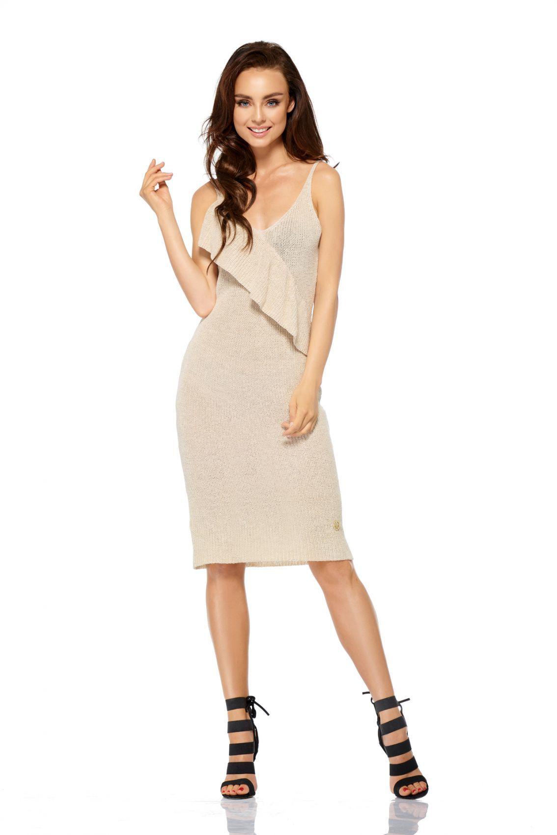 Sukienka sweterkowa na ramiączkach z falbaną LSG102 beżowy